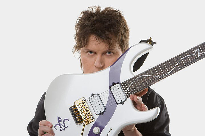 Timo Tolkki Siggi Braun Fine Young Guitars